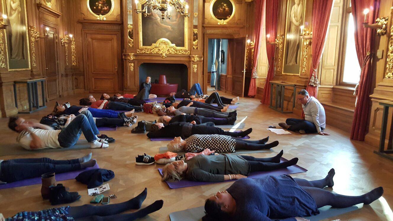 Mediteren in de Gouden Zaal van het Mauritshuis